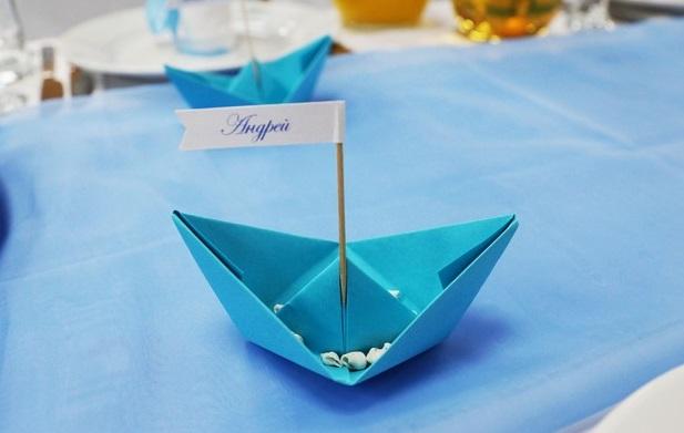 Фото кораблика из салфетки