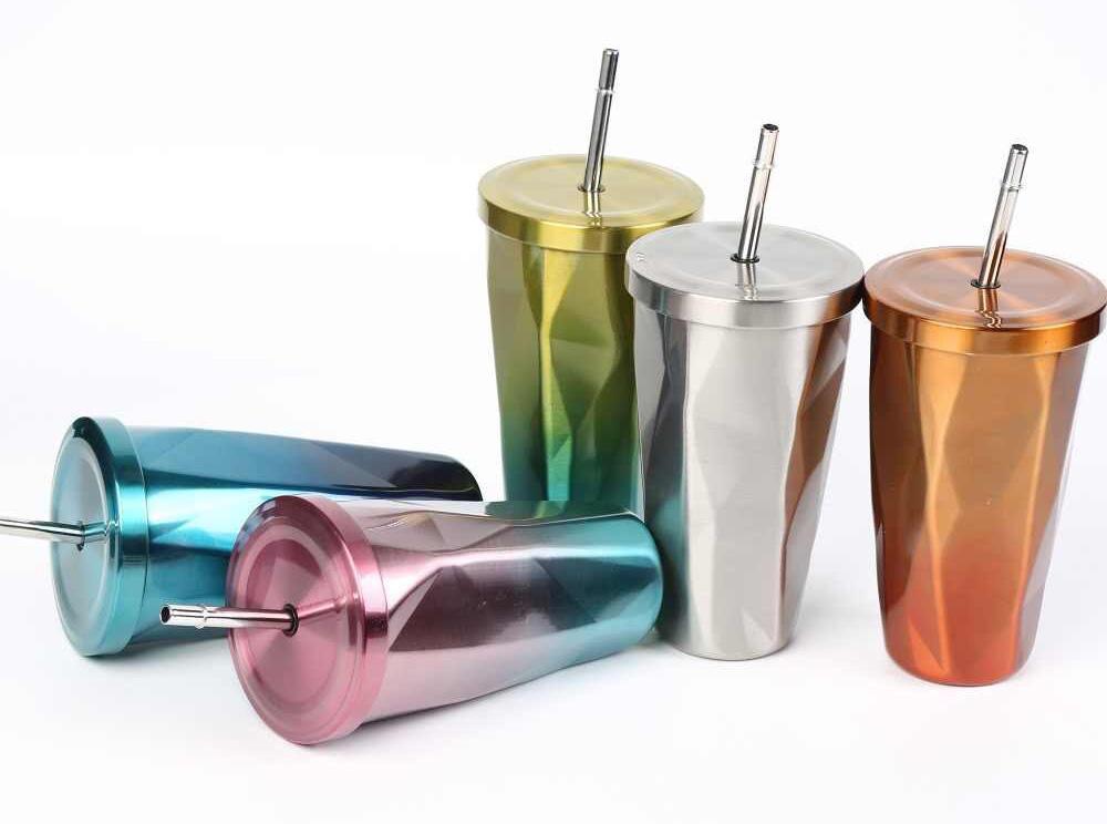 Многоразовые стаканы с трубочкой