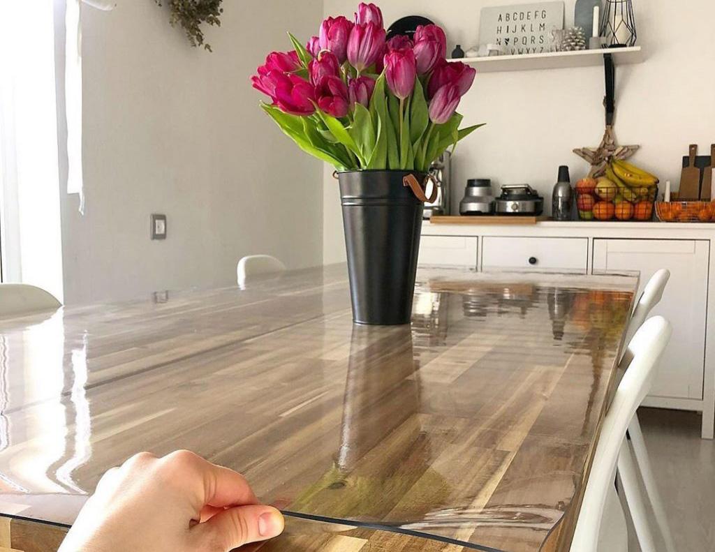 Скатерть мягкое стекло на столе