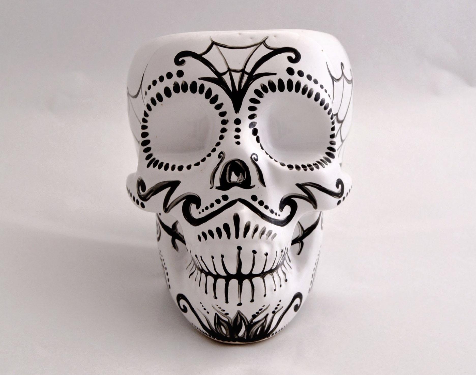 Фото стакана черепа