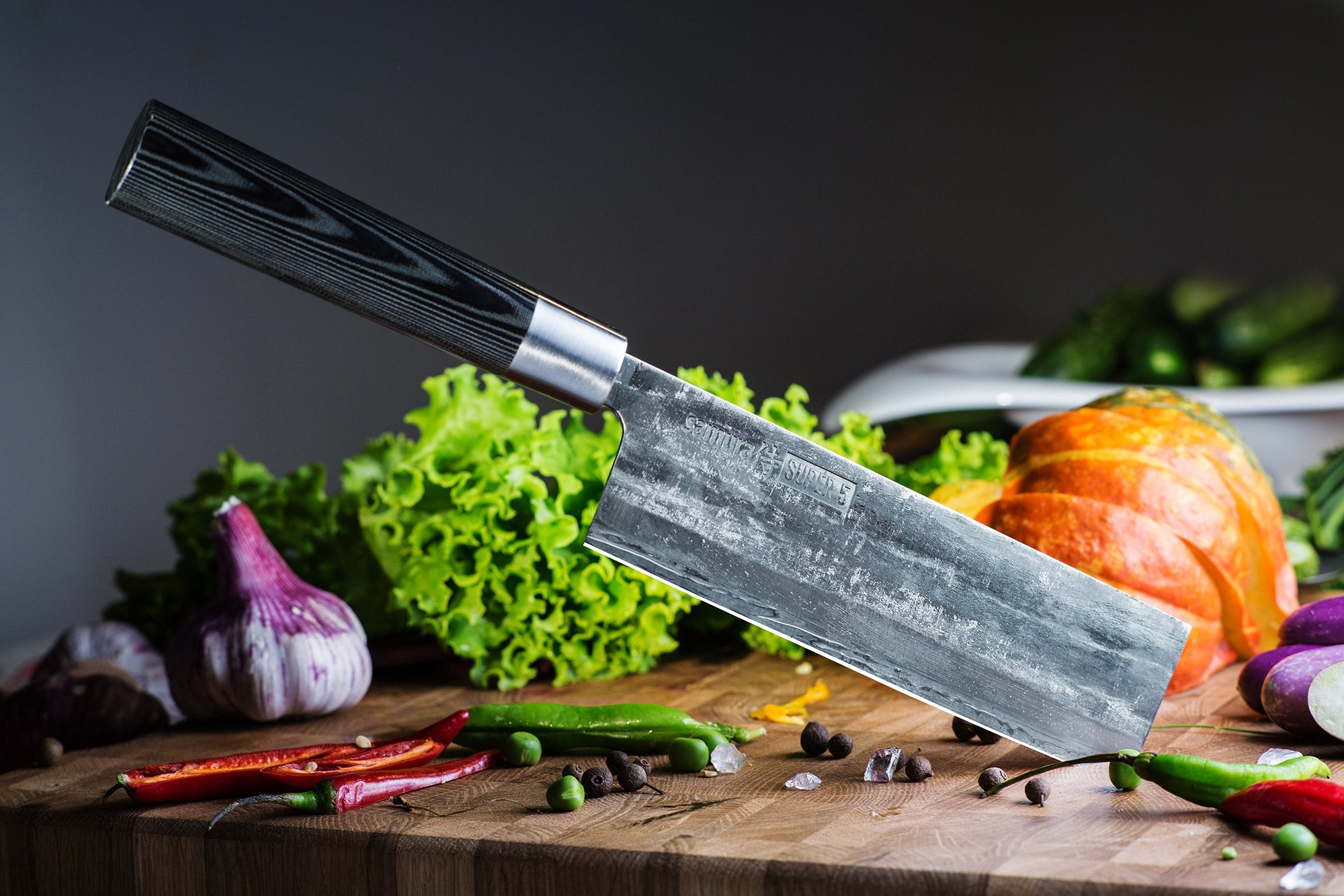 Кухонный японский нож