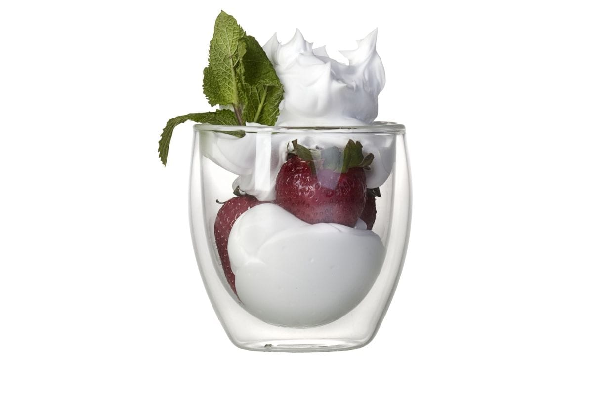 Мороженое в стакане