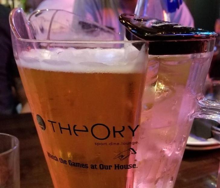 Пивной бокал с отделением для льда